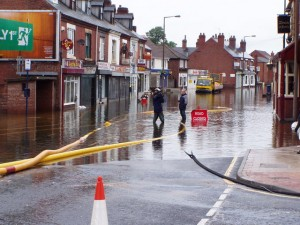 Bentley High Street during the 2007 floods (c) The Hall family via wikimediacommons